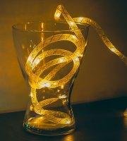 Vianočná sveteľná reťaz - teplá biela /strieborné vlákno - 2m - 2 x AA