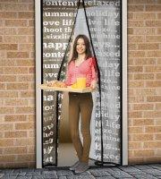 Záves na dvere proti hmyzu s nápismi