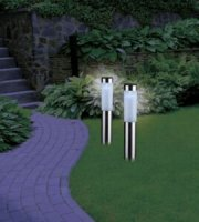 Solárna záhradná lampa